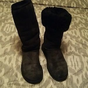Uggs Classic tall price firm